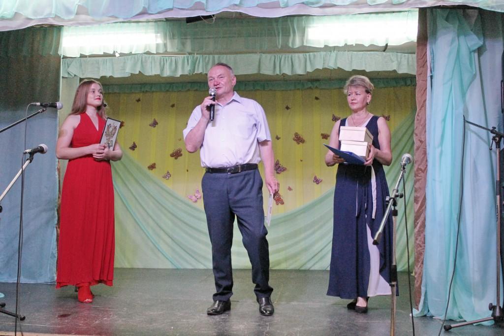 Поздравления от главы Холуйского поселения А.В. Алтухова