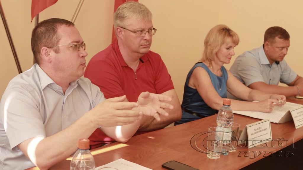 Д. Немцев, В. Мальцев, Е. Муратова и С. Рыбаков