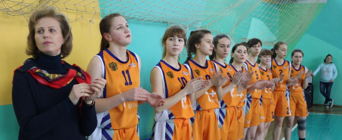 В Юже проходят соревнования по баскетболу