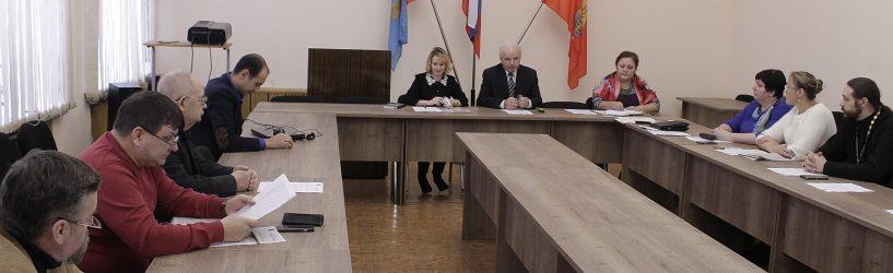 Кто войдет в новый состав Общественного совета Южского района (порядок выдвижения)