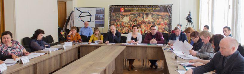 Совет Южского района подискутировал по ключевым вопросам бюджетной политики (ФОТО)