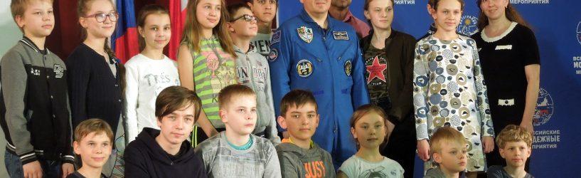 Южские школьники сделали «Первые шаги в науке»