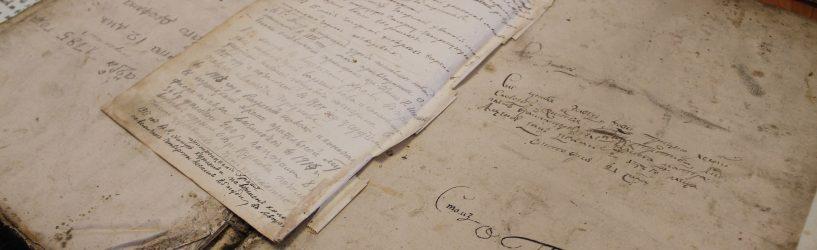 В музее Холуйского искусства прошла выставка редких старинных книг