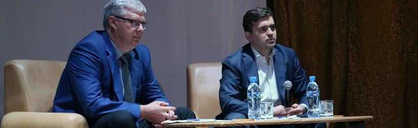 Станислав Воскресенский ответил на вопросы жителей Южского района (ФОТО)
