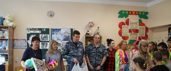 Сотрудники исправительных учреждений из села Талицы посетили детский дом-интернат