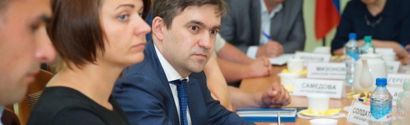 Станислав Воскресенский обсудил перспективы развития фермерства в регионе с руководителями фермерских хозяйств