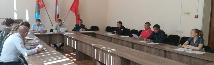 Комиссия ЧС Южского района обсудила вопросы безопасности нового учебного года и единого дня голосования