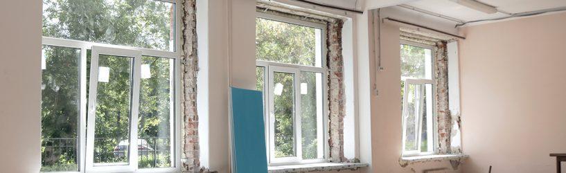 В Южской школе №2 устанавливают новые окна