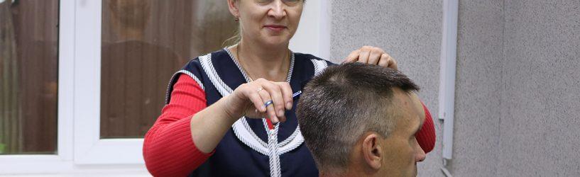 Сегодня— День парикмахера (фото)