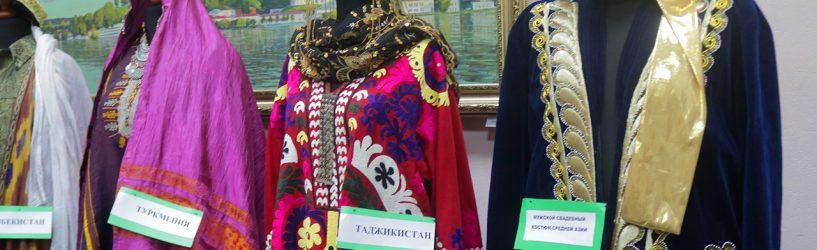 В Ивановском доме национальностей открылась выставка «Пятнадцать сестер»