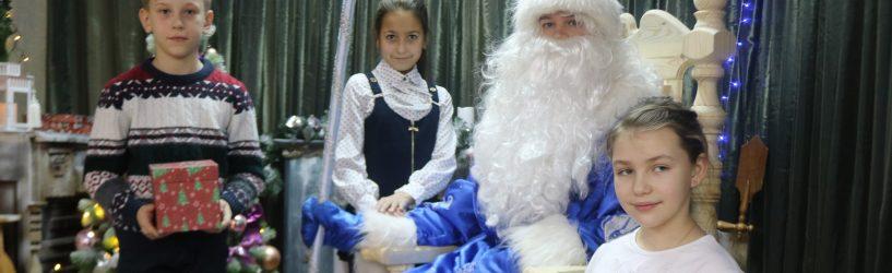 В Южском Доме ремесел открылась резиденция Деда Мороза
