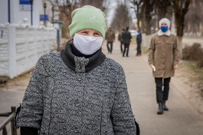 Использование средств защиты органов дыхания в местах массового пребывания людей стало обязательным